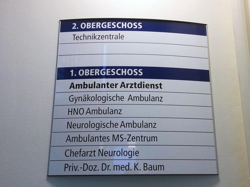 Wegeleitsysteme Beschilderung Krankenhaus Hennigsdorf