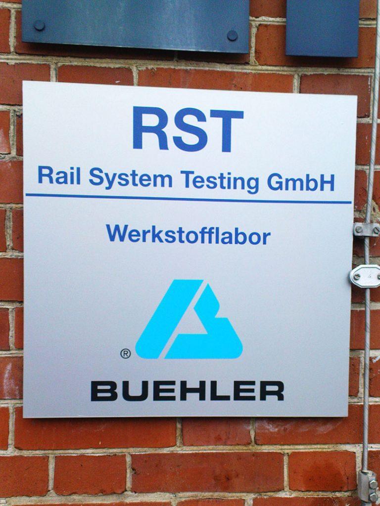 Wegeleitsysteme Beschilderung RST